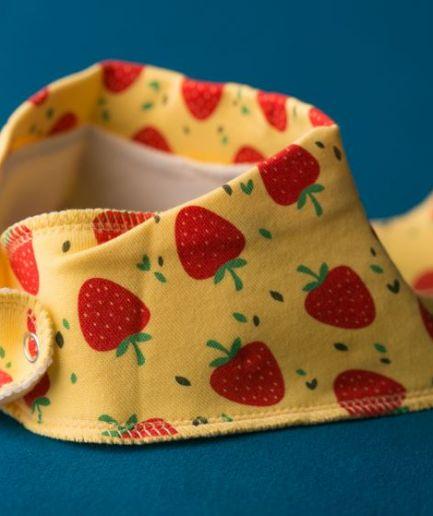 Babyboo Bib Strawberries